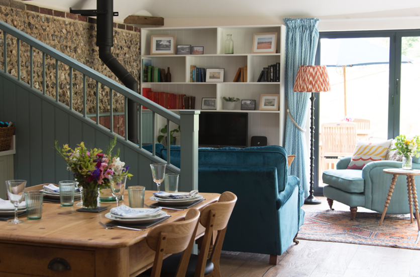 Barn Conversion Holiday Cottage – by Astman Taylor