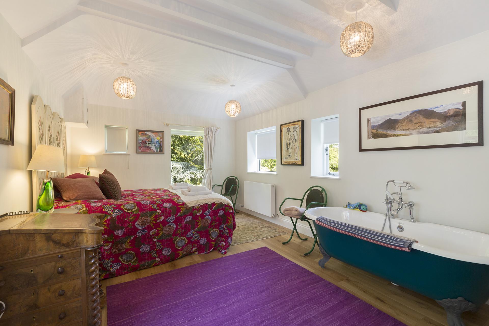 Bedroom, Brock Cottage, Bolthole Retreats