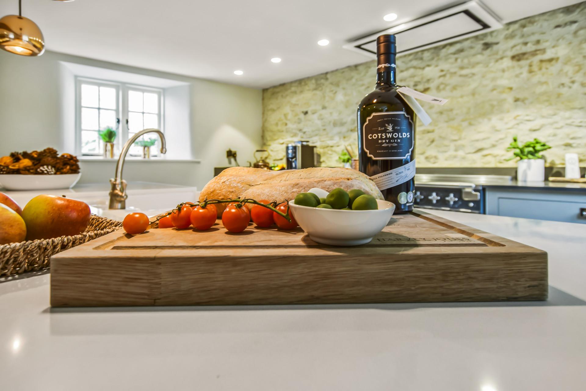 Cotswold Gin, Westerleigh Cottage Kitchen, Westerleigh