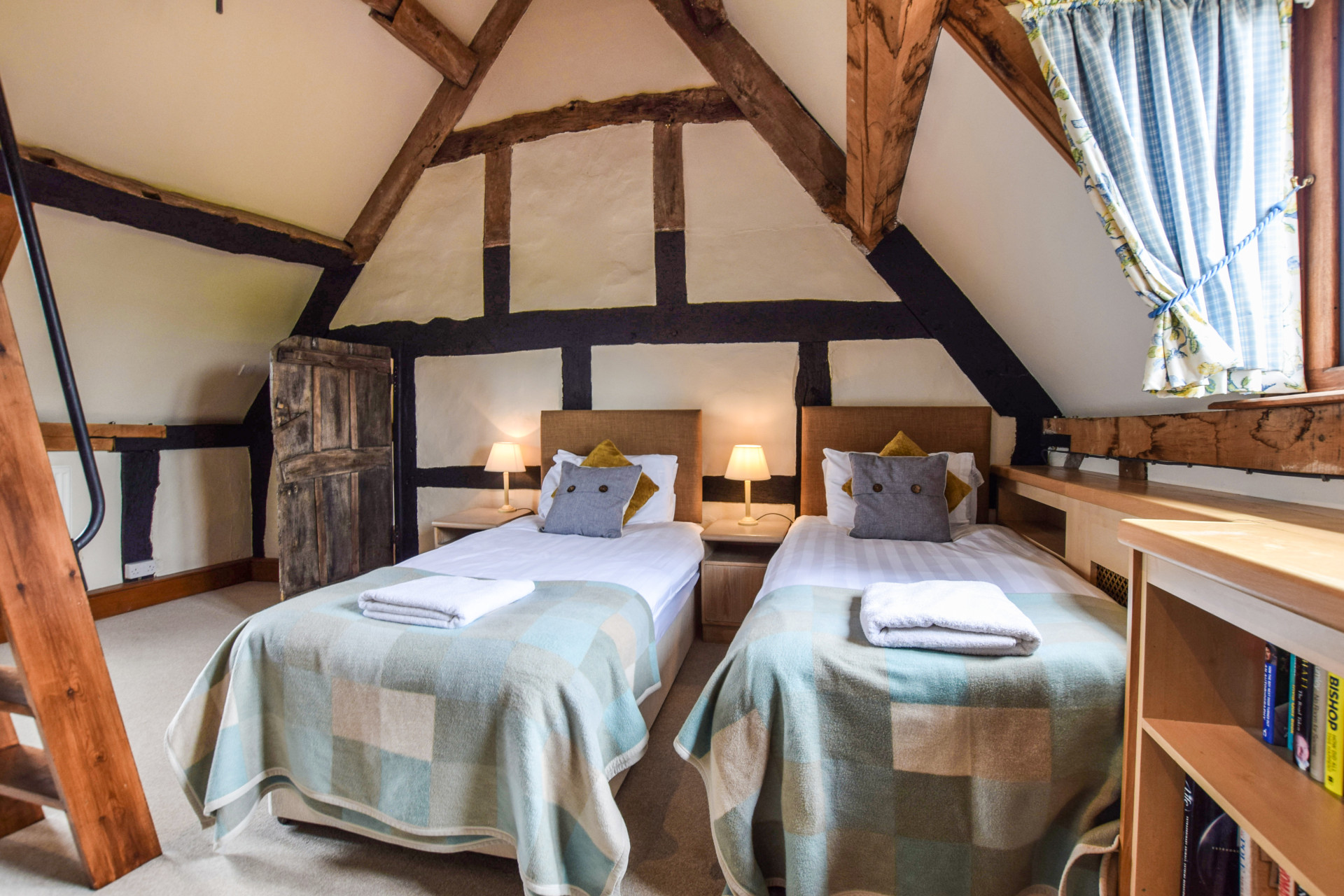 Bedroom, Cyder Press House, Bolthole Retreats