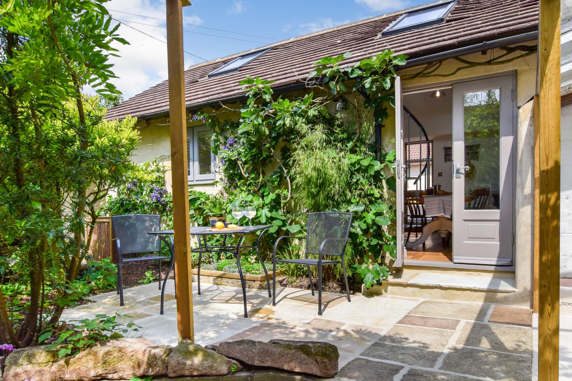 Garden, Hayloft at Walnut Farm, Bolthole Retreats