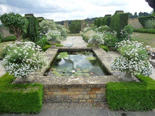 The White Garden, Bourton House Garden