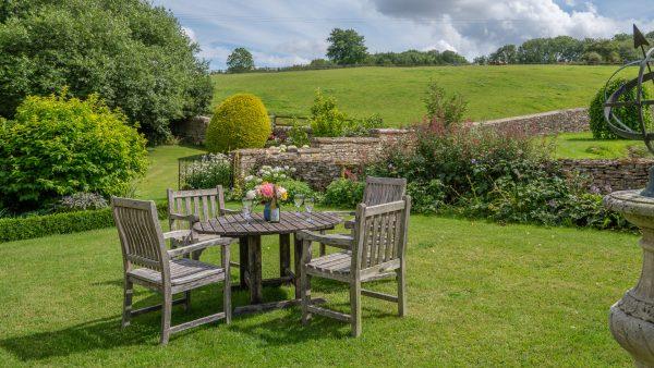 Aylworth Manor Granary